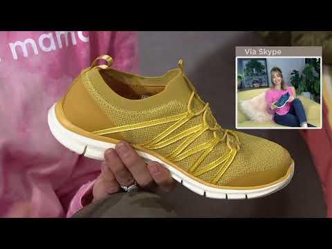 Skechers Stretch-Knit Bungee Slip-On