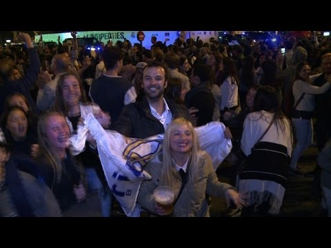 Fans celebrate Real Madrid