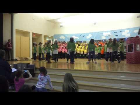 Three Pig Opera Felida Elementary School March 19, 2013