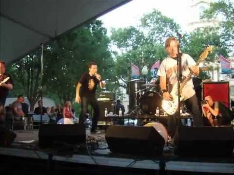 Oleander- I Walk Alone (Live 6/1/2012)