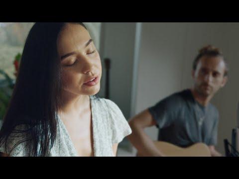 Alexis Ren - Come Back (Live Original)