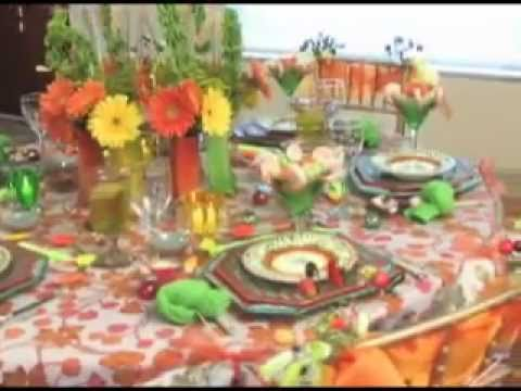 Professional dinner table decorating ideas youtube for Home dinner table decorations