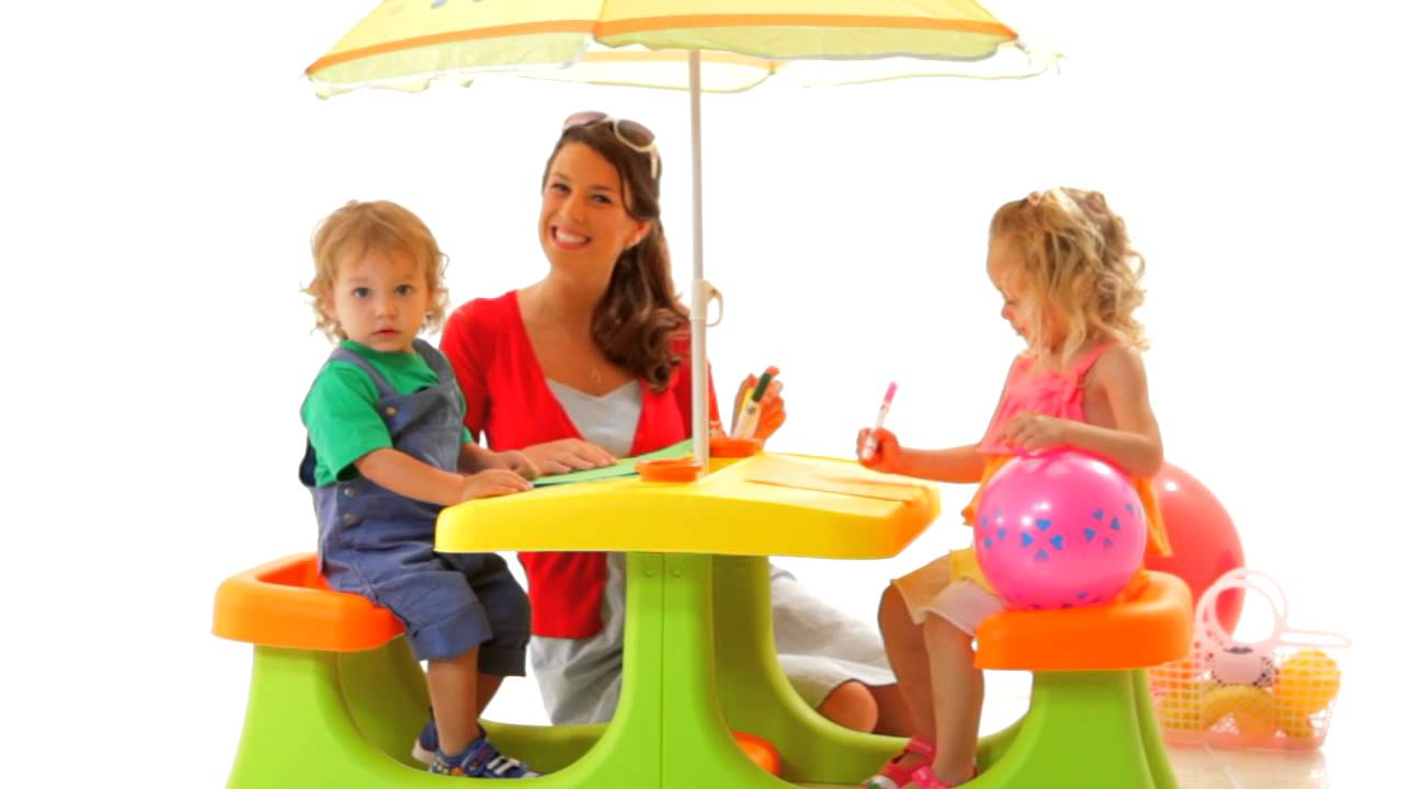 Perfect Keter Kids Patio Center  A Picnic Table With An Umbrella