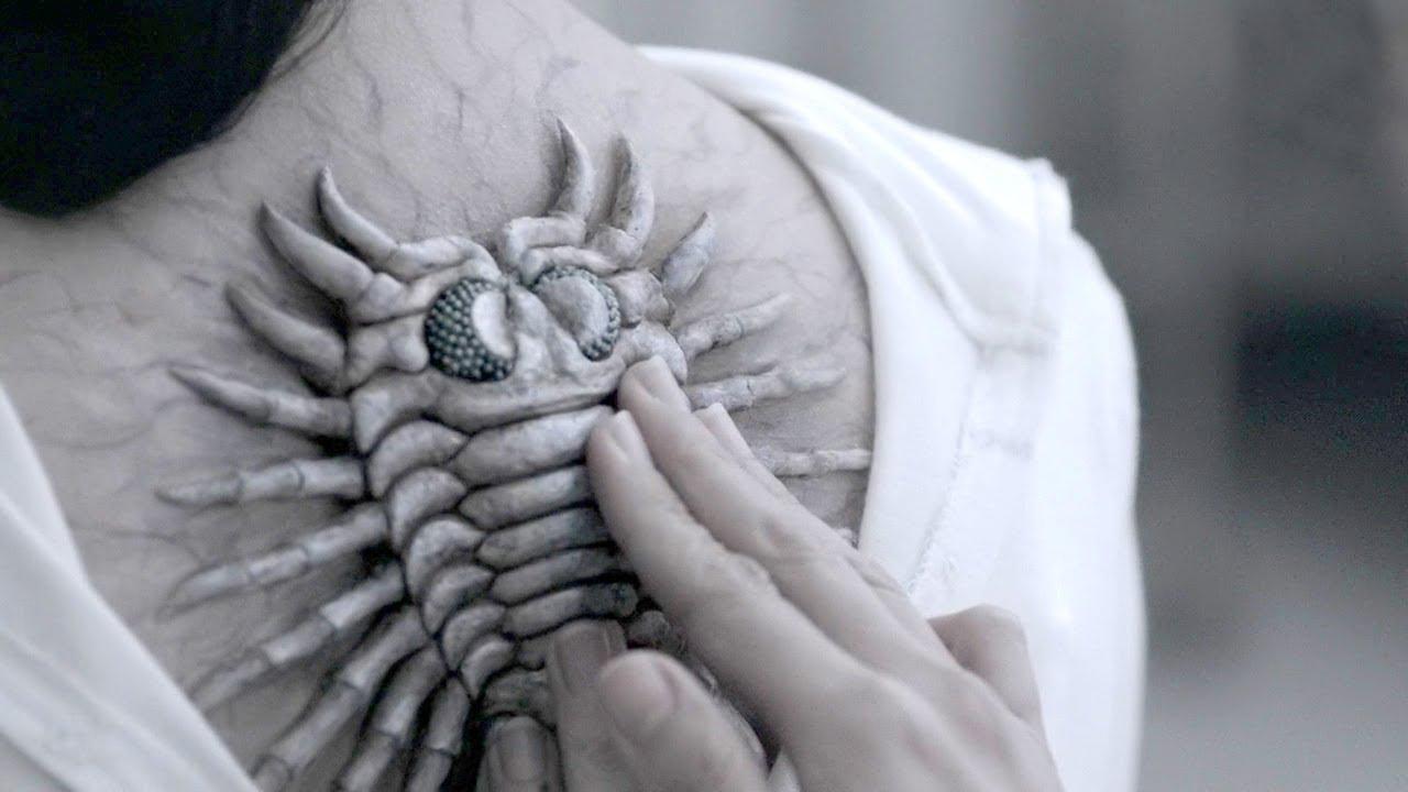 人类为了活得更久,将古生物寄生在背上,竟然能活到144岁!