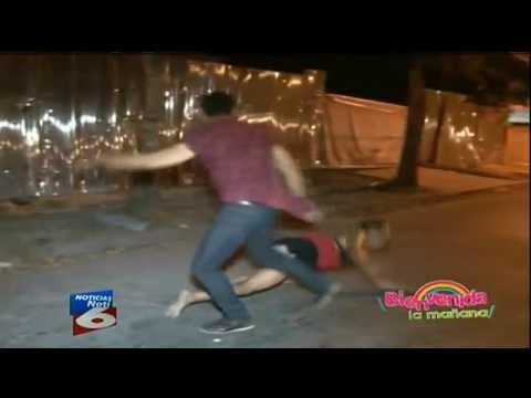 pelea de prostitutas prostitutas transexuales en la calle