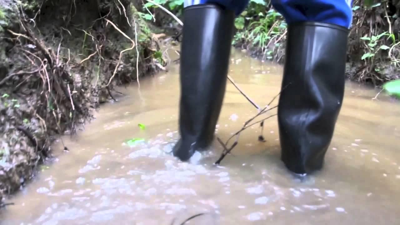 Nora Anton And Skellerup Wellies Creek Play Youtube