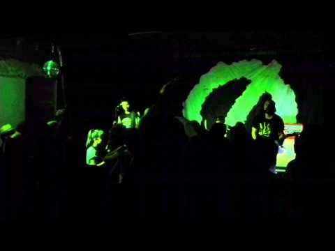 Authority Zero - Find your way (Live in Oviedo, 2015)