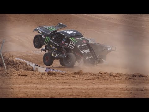 Hailie Deegan CRASHES Off The Track!!! Craziest Off Road Race Ever!