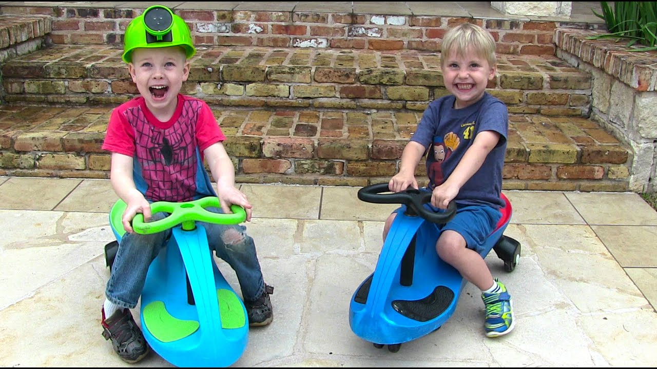 toy cars for kids downhill fun on ride on plasma cars youtube