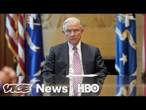 The War on Leakers & Robot Picasso: VICE News Tonight Full Episode (HBO)