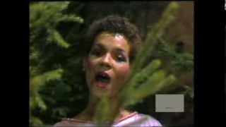 "RAMONA (WULF) PERFORMS ""FLASHDANCE - TANZ IM FEUER (WHAT A FEELING)"" (1983)"