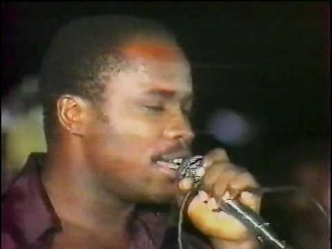 Ndombe Opetum et le T.P. O.K. Jazz - Coupe du Monde [Nadia] (1979)