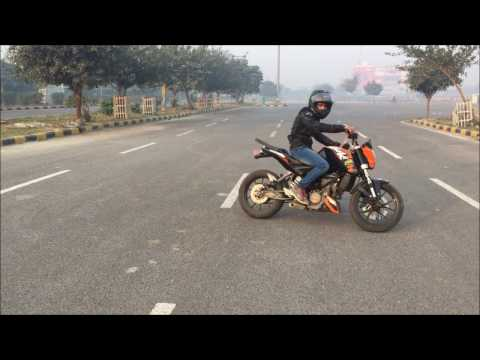 KTM Duke 200 stunts by Ashish Raghav