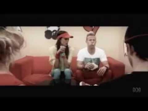 ABC 3 Pie gotta fly music video