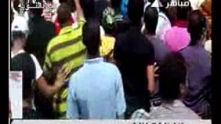 تحرش بلطجية بصحفية مصرية.flv