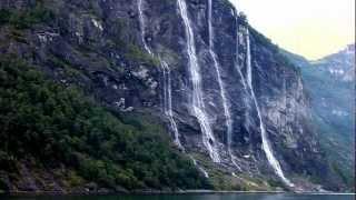 Seitsemän sisarusta vesiputous, Geiranger, Norja.