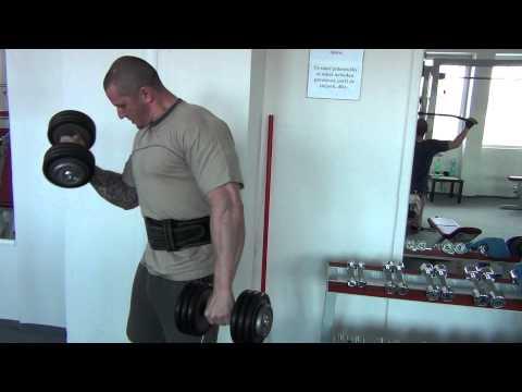 VelkéSvaly.cz - bicepsový zdvih jednoruční činky