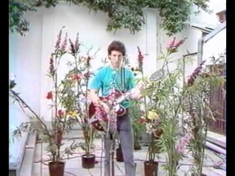 Jonathan Richman on french TV 1982