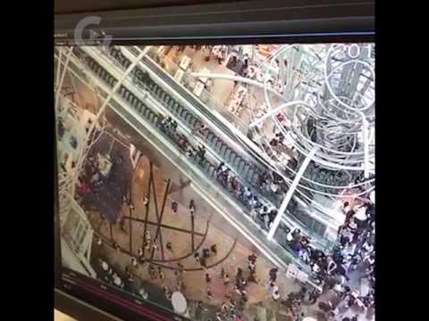 [Horrifying Video] Hong Kong's escalator reverses in motion, injuring at least 18 people