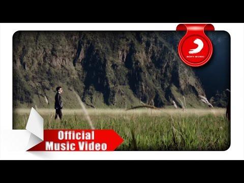 JUDIKA duet with DUMA - Sampai Akhir