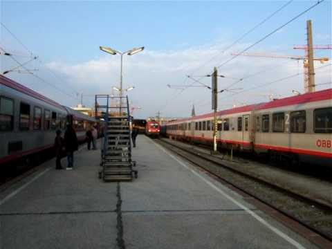 """Eyjafjallajökull 2010"" - extra long Dacia express (Vienna - Bucharest), part 1 of the train"