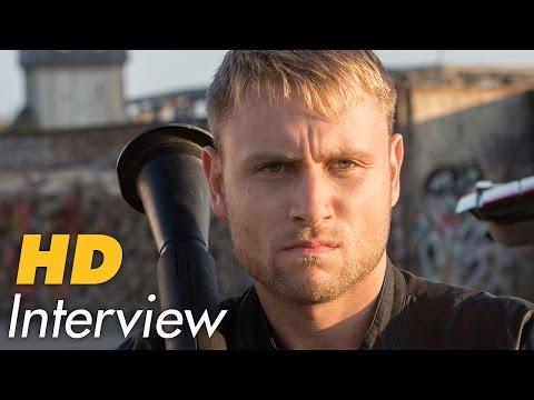 Das BESONDERE an Sense8 | Interview mit Max Riemelt und Daryl Hannah