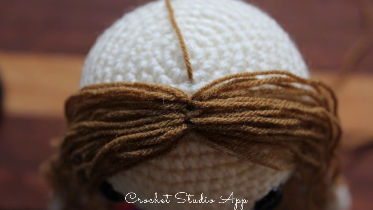 adding eyelashes to crochet dolls | craftgawker | 720x1280