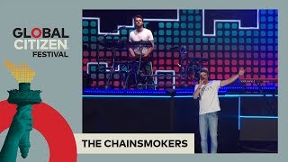 The Chainsmokers Call For Famine Aid & Perform 'Paris'