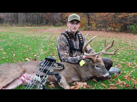 HUGE BUCK KILL! (Amazing Story) - Pennsylvania Archery Season 2019
