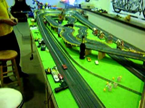 Huge Ho Scale Tyco 4 Lane Slot Car Track With Train