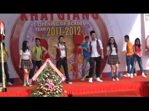 20111008.Ca nhạc mừng lễ khai giảng năm học mới 2011-2012