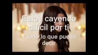 Round and Round  - Selena Gomez [traducida al español]