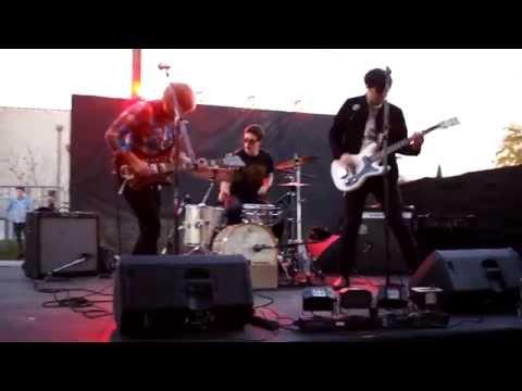 "Shady & The Vamp - ""Fool"" live at GOOD VIBRATIONS Festival"