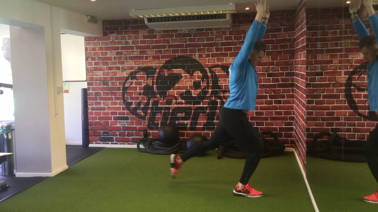 Reverse Lunge to Hamstring Stretch - YouTube