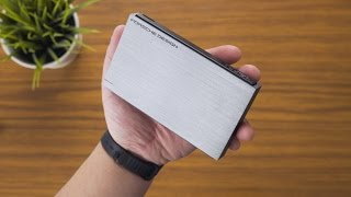 LaCie Porsche Design 2TB 2.5in Portable USB 3.0 HDD | Unboxing