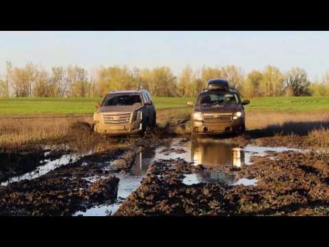 Внедорожный тест драйв нового Cadillac Escalade vs Chevrolet Tahoe 900  Кто круче месит грязь?