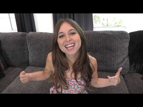 Adult Film Star Riley Reid : Does size matter?
