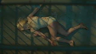 Знакомство с Харли Квинн. Момент из фильма. Отряд самоубийц 2016.