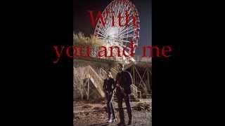 Repeat youtube video Hanging On - Ellie Goulding - Divergent Soundtrack - Lyrics