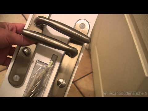 comment changer une serrure de porte doovi. Black Bedroom Furniture Sets. Home Design Ideas