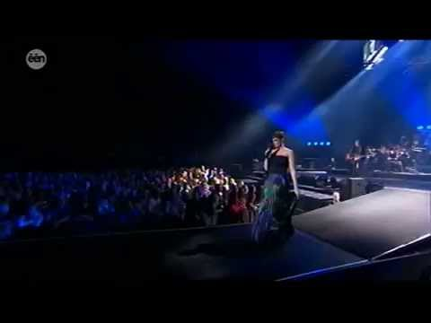 Night of the Proms Antwerpen 2014:Hooverphonic: Amalfi