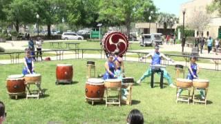 Valencia College Asian Festival 2013 - Matsuriza Taiko Drumming - ODaiko Solo & Mutsumi w/Hayagake
