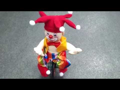 Интерактивная игрушка клоун
