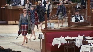 Fall-Winter 2015/16 Ready-to-Wear CHANEL Show