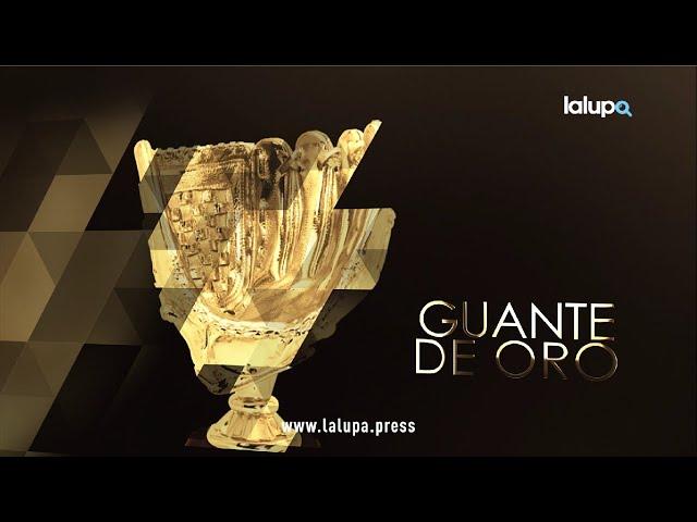 Mejores atletas de la Rebelión de Abril- Guante de Oro: Comandante Caperucita