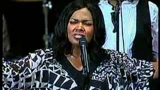 Cece Winans - Worship His Majesty 2010 New York