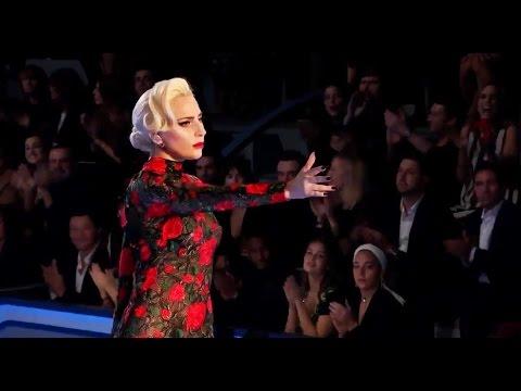 Видео: Lady Gaga - Million Reasons Live from the Victorias Secret 2016 Fashion Show