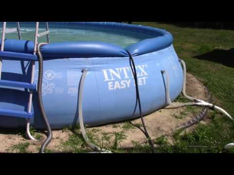 How to use a garden hose as a pool vac!  Very cool tip! Easy to do!!!