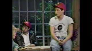 Beastie Boys HD :  The Joan Rivers Show - 1987