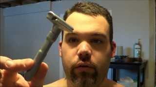 Rasage avec rasoir de surete - Merkur Futur